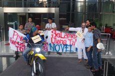 Jurnalis Gelar Aksi Teatrikal Penyiraman Air Keras Novel Baswedan