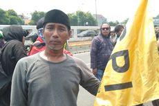 Cerita Petani dari Serang, Gabung dengan Mahasiswa Cari Keadilan di Depan Gedung DPR