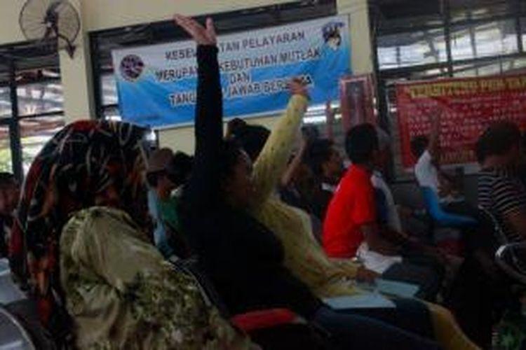 Pemerintah Malaysia kembali mendeportasi 78 Buruh Migran Indonesia melalui  Pelabuhan Tunontaka Nunukan Kalimantan Utara.