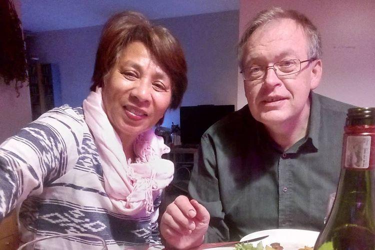 Desiree Luhulima (kiri) WNI asal Jakarta yang sudah menetap di Finlandia selama 23 tahun.