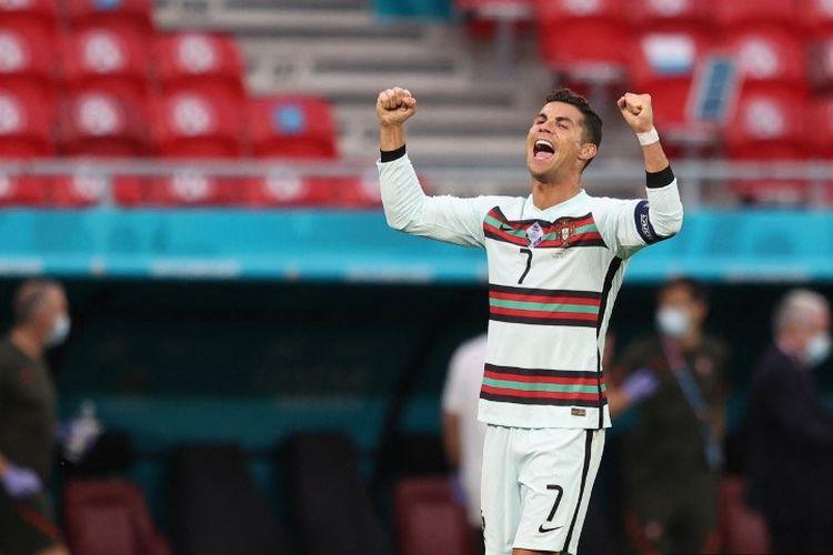 Kapten Timnas Portugal Cristiano Ronaldo merayakan gol ke gawang timnas Hongaria di Puskas Arena, Budapest, pada Rabu (16/6/2021) dini hari WIB.