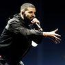 Drake Tunjukkan Rasa Sayang pada Anak Lewat Gelang Emas