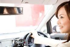 Cara Aman Ganti Ban Mobil Sendiri untuk Wanita