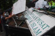 Massa dengan Atribut FPI Dibubarkan Saat Evakuasi Korban Banjir, Ini Penjelasan Polisi