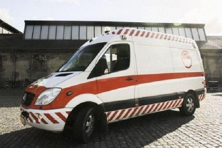 Ambulans bekas di kota Kopenhagen, Denmark, disulap menjadi tempat para penjaja seks melayani pelanggan-pelanggannya.