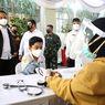 Ribuan Pelajar di Surabaya Ikuti Vaksinasi Massal Serentak, Ini Pesan Jokowi