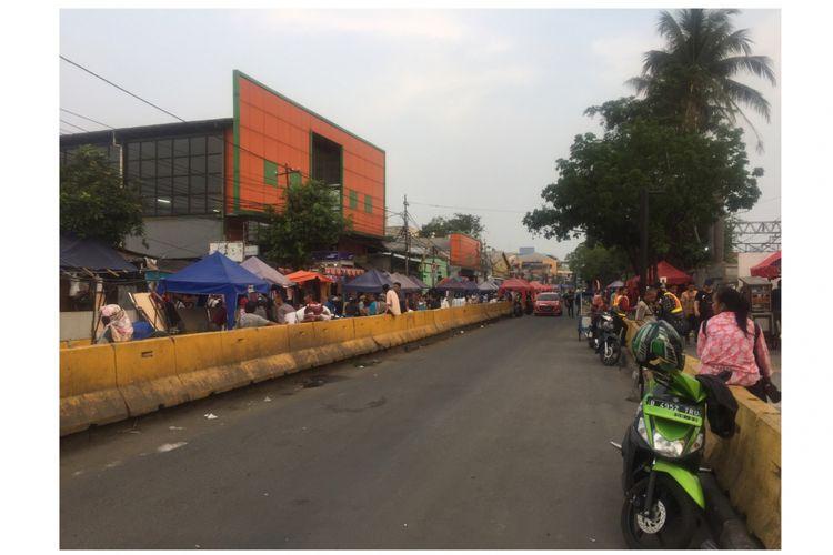 Jalan Jati Baru belum ditutup, Jalan Jati Baru, Tanah Abang, Jakarta Pusat, Sabtu (4/8/2018).