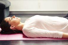 Sering Sakit Punggung, Perlukah Tidur di Lantai?