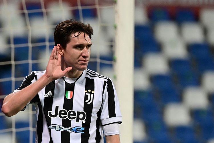 WInger Juventus Federico Chiesa berselebrasi usai membobol gawang Atalanta pada laga final Coppa Italia 2020-2021 di Stadion Mapei, 19 Mei 2021.