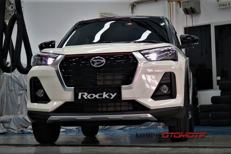 Daihatsu Rocky 1.0 R TC CVT ADS