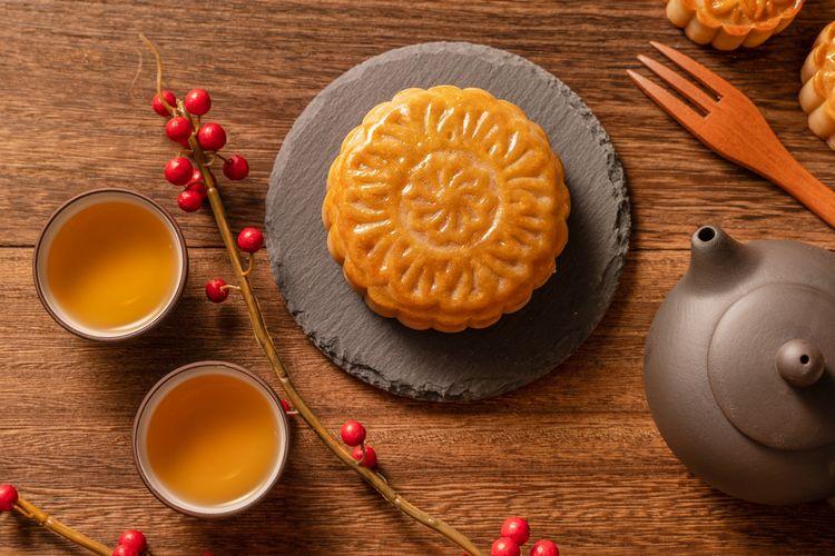 ilustrasi kue bulan atau mooncake.