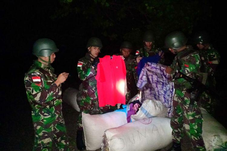 Barang bekas yang diamankan TNI Satgas Pamtas Sektor Timur RI-Timor Leste dari Batalyon Infanteri Raider 408/Sbh