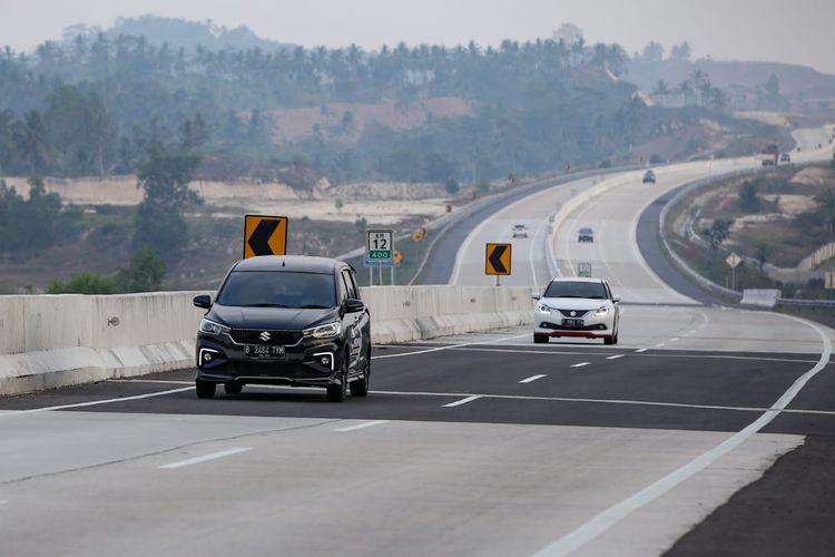 Suzuki Ertiga dan Baleno sebagai kendaraan utama di Merapah Trans Sumatera 2019.