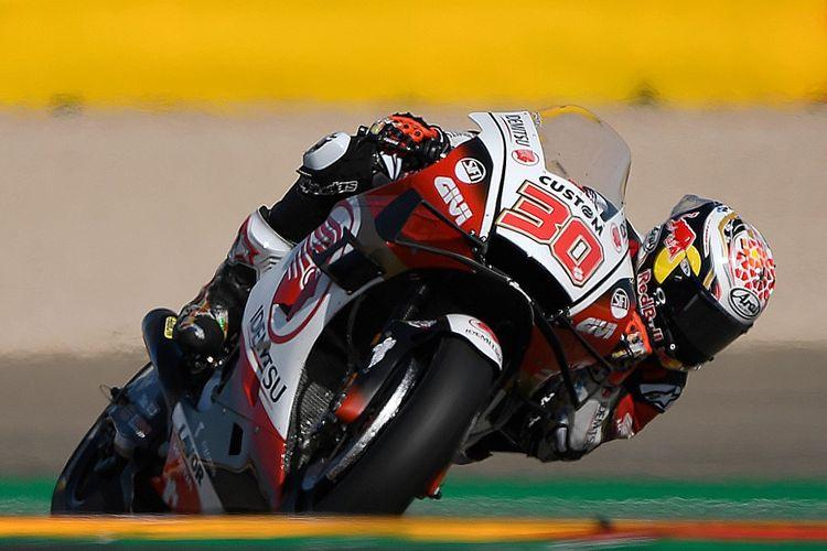 Takaaki Nakagami saat berlaga di MotoGP Teruel. (Photo by PIERRE-PHILIPPE MARCOU / AFP)