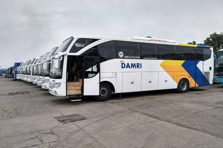 Armada bus Damri yang melayani rute Pool Damri Kemayoran ke Bandar Lampung.