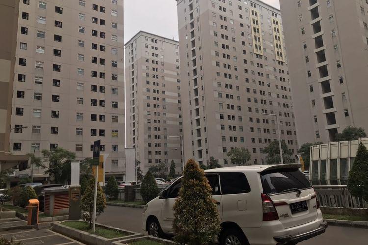 Sejumlah tower Apartemen Kalibata City, Pancoran, Jakarta Selatan pada Kamis (14/10/2021).