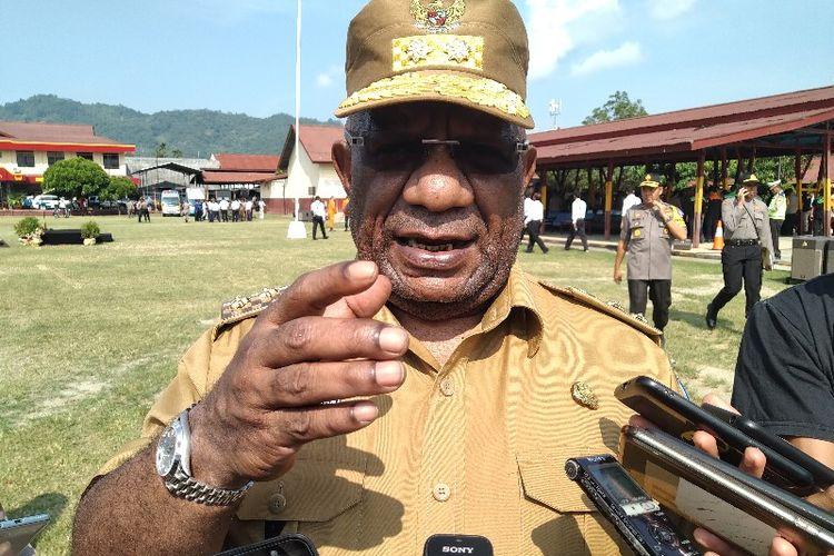 Wakil Gubernur Papua, Klemen Tinal