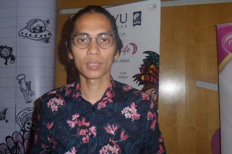 Angga Dwimas Sasongko menghadiri screening film Wonderful Life, di Senayan City, Jalan Asia Afrika, Senin (10/10/2016).
