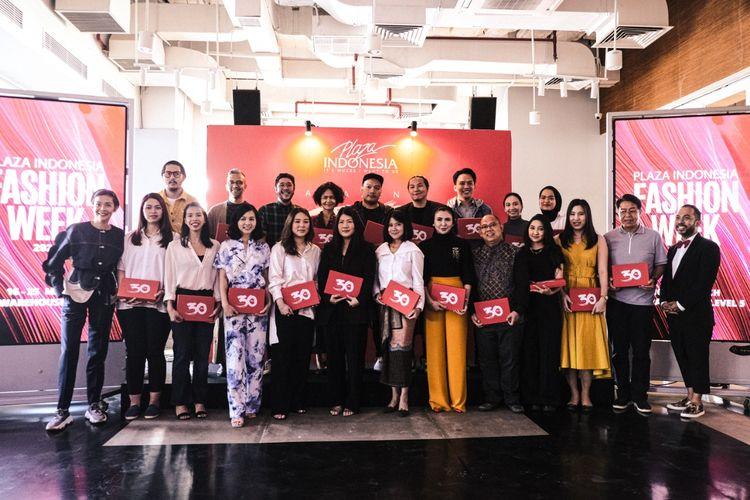 Desainer dan merek yang akan berpartisipasi dalam Indonesia Fashion Week 2020, seusaj komferensi pers di Plaza Indonesia, Jakarta Pusat, Senin (2/3/2020).