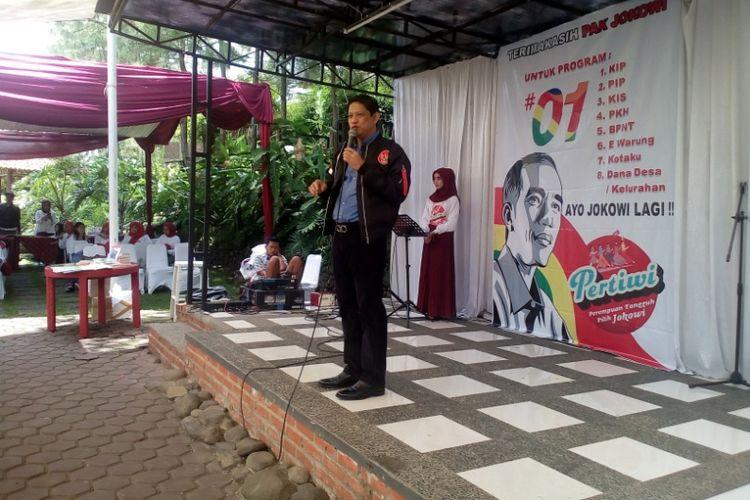 Juru bicara TKD Jokowi - Maaruf Amin Jabar, Iswara saat memberi arahan pada relawan Pertiwi (23/2/2019)
