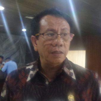 Anggota Komisi II dari Fraksi Partai Hanura, Rufinus Hotmaulana Hutauruk di Kompleks Parlemen, Senayan, Jakarta, Senin (27/3/2017).