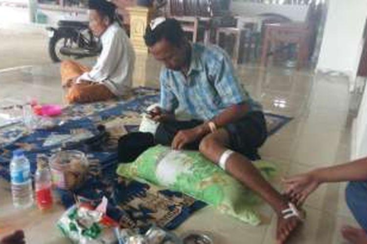 Moh Nur Holis mengalami tujuh luka di tubuhnya setelah dikerotoyok di rumahnya