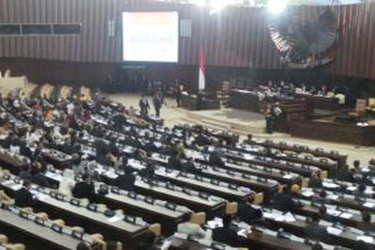 Diwarnai Interupsi Sidang Paripurna Pemilihan Pimpinan Mpr Diskors