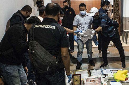 Bahan Peledak Ditemukan di Bekas Sekretariat FPI, Aziz Januar: Itu Pembersih WC
