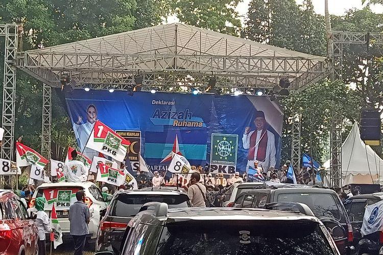 Suasana deklarasi bakal pasangan calon Siti Nur Azizah Maruf dan Ruhamaben untuk maju ke Pilkada Tangerang Selatan 2020 di kawasan Cirendeu, Ciputat Timur, Tangerang Selatan, Rabu (2/9/2020)