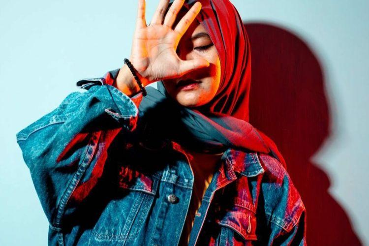 Penyanyi asal Pontianak, Elfa Azha.