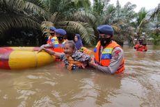 Banjir 5 Meter Landa Permukiman di Inhu Riau, Brimob Dikerahkan Evakuasi Korban