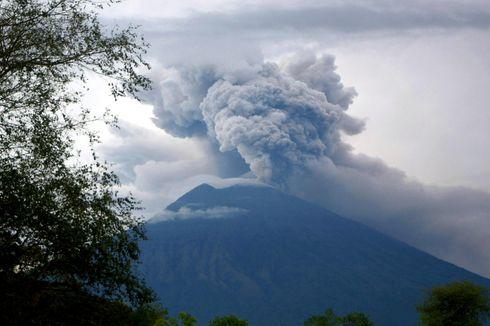 Hari Ini dalam Sejarah: Gunung Agung Meletus, Tewaskan 1.600 Orang