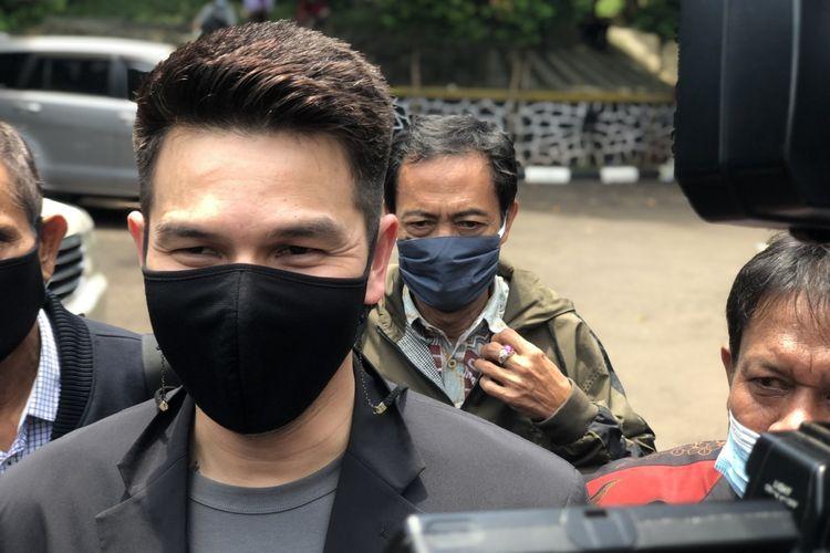 Jonathan Frizzy saat ditemui di Pengadilan Agama Jakarta Selatan, Kamis ;23/9/2021).