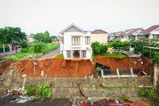 Pemprov DKI Pasang Mobil Pompa dan Alat Berat untuk Tangani Banjir di Ciganjur