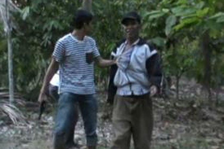 Markas judi sabung ayam digerebek petugas polres polewali mandar bersama aparat TNI Kodim 1402 Polewali mandar, rabu petang (23/9)