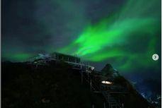 Benarkah Ada Cahaya Mirip Aurora di Wisata Tumpeng Menoreh?