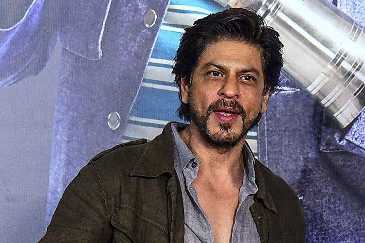 Aktor Bollywood Shah Rukh Khan menghadiri pemutaran perdana film Kaamyaab di Mumbai, India, pada 3 Maret 2020.