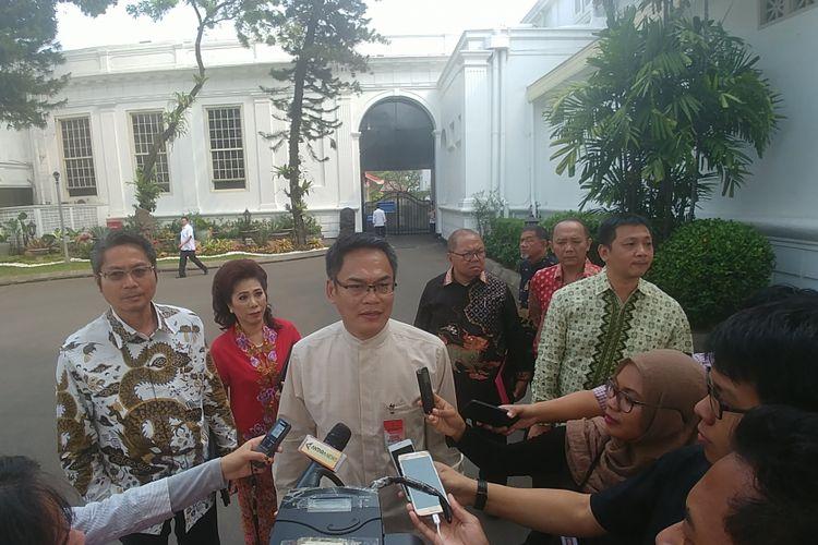 Pengurus Majelis Tinggi Agama Konghucu Indonesia usai bertemu Presiden Jokowi di Istana, Senin (14/8/2017).