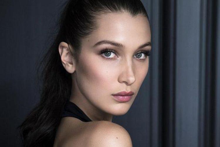 Bella Hadid, duta terbaru untuk kosmetik Dior.
