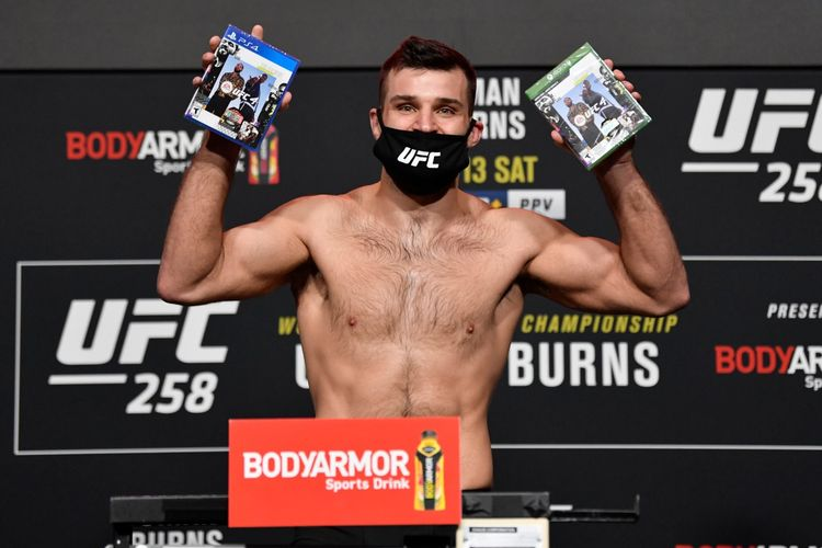 Petarung UFC kelas menengah, Julien Marquez, menang atas Miko Pitolo dalam pertarungan UFC 258, Minggu (14/2/2021) di Las Vegas.