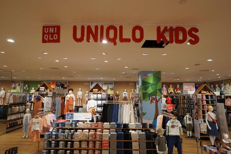 Di toko Uniqlo PIM3, area pakaian anak-anak menempati area lebih luas.