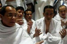 Tengah Malam, Jokowi Tunaikan Umrah