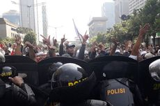 Saksi: Polisi Juga Ikut Antre Cuci Muka di Gedung Sarinah Saat Kerusuhan 21-22 Mei