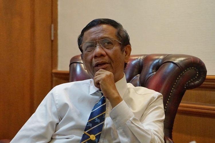 Menteri Koordinator Bidang Politik, Hukum dan Keamanan (Menko Polhukam) Mahfud MD saat ditemui di Kemenko Polhukam, Jakarta Pusat, Kamis (5/12/2019).