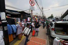 Lulung Sebut PKL Duduki Trotoar di Tanah Abang Hoaks, Ini Buktinya...