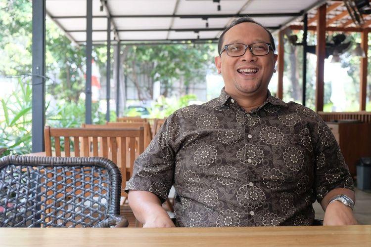 COO MIX Network, Bobby Christoffer, berbicara kepada Kompas.com mengenai izin nonton bareng Premier League di Indonesia.
