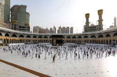 Saudi Arabia Limits Hajj to 60,000 Vaccinated Residents in Kingdom