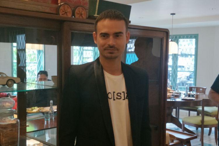 Ashraf Sinclair dalam peluncuran Do[s]a di Kaum Restaurant, Jakarta Pusat, Rabu (28/3/2018).