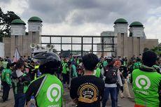 Ojol Demo di Depan DPR, Calon Penumpang Sulit Temukan Ojek Online di Jakarta