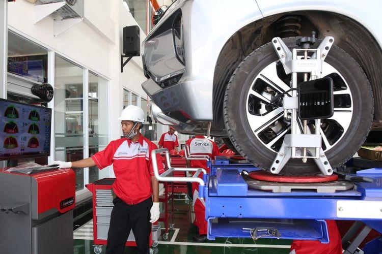 Peresmian diler Mitsubishi, PT Lautan Berlian Utama di Palembang, Sumatera Selatan, Kamis (5/9/2019)